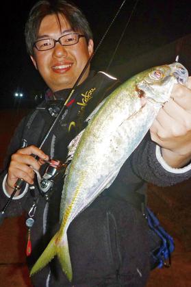ajing16_fujiwara.jpg